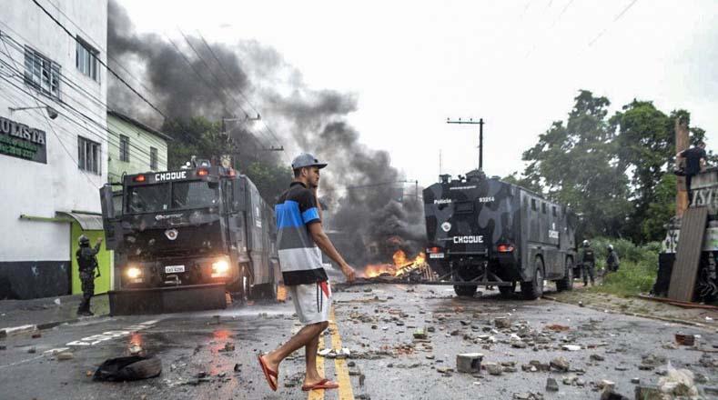 L'intervention de la police à São Matheus