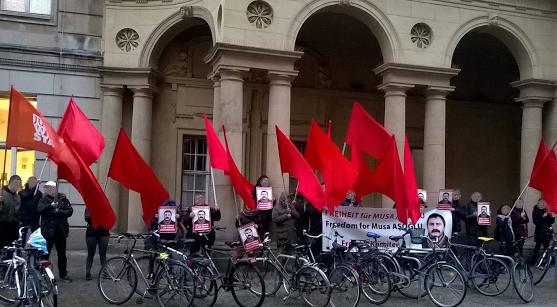 Un rassemblement pour Musa Asoglu en Allemagne