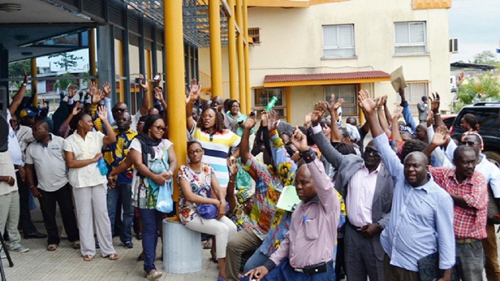 Enseignents grévistes au Gabon