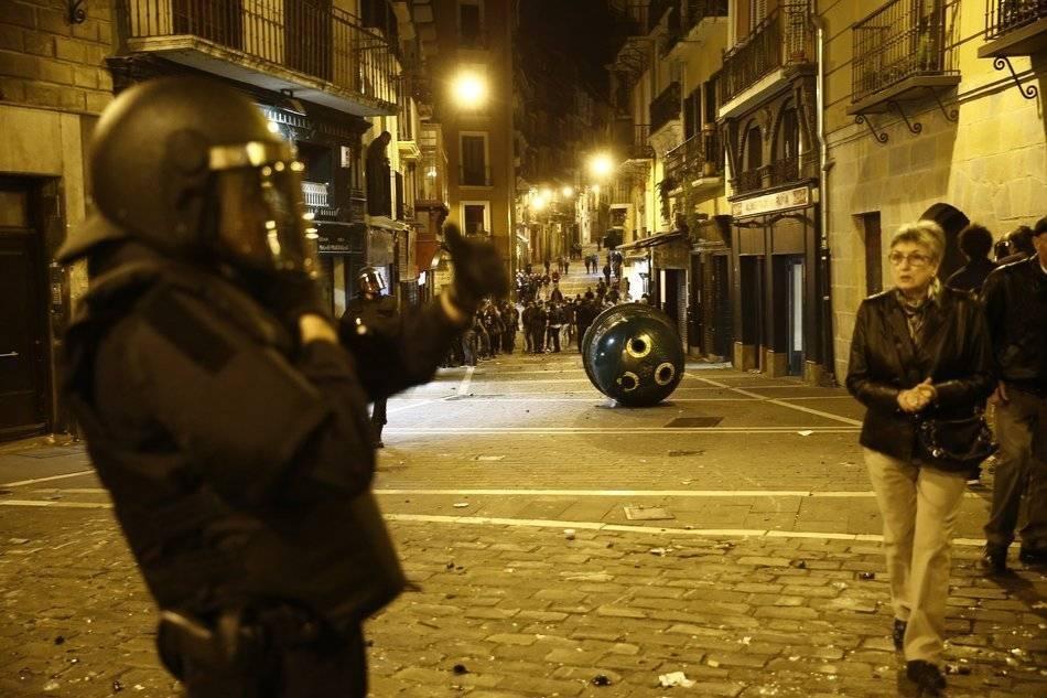 Les affrontements la nuit de samedi à dimanche à Pampelune