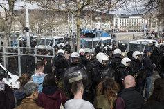 Le bloquage de la manifestation antifasciste