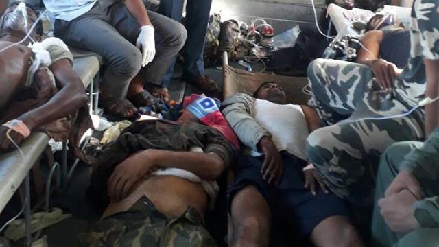 Soldats de la CRPF blessés