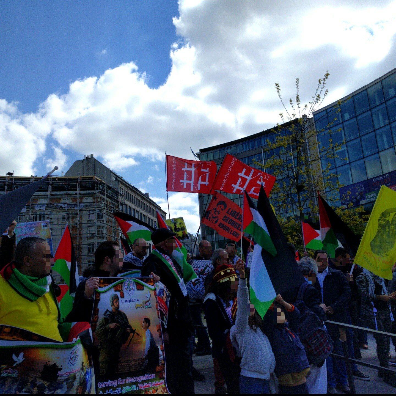 Le rassemblement de vendredi passé rond-point Schuman