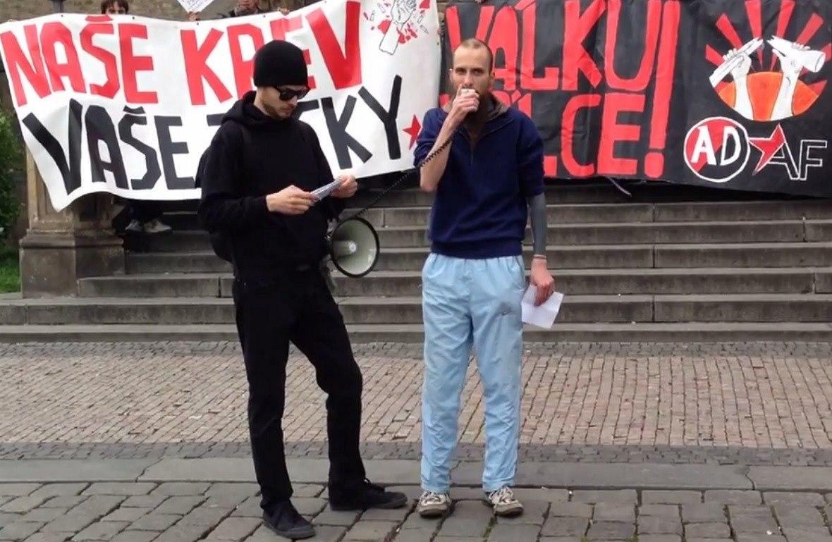 Lukas Borl (à droite)