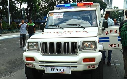Un Mahindra de la police philippine, tel celui incendié lors de l'attaque