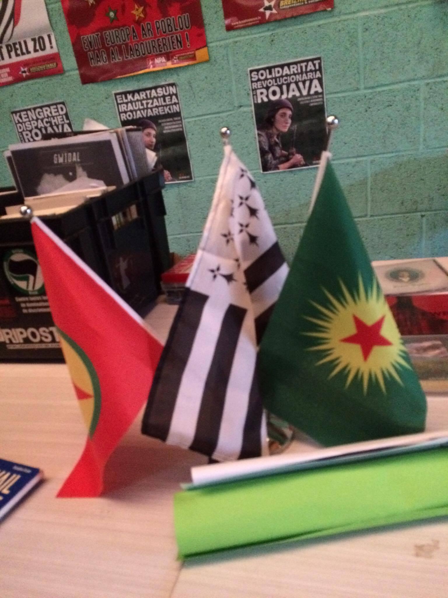 Bretagne: Succès du Fest Noz en soutien au Rojava