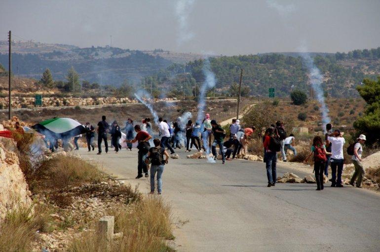 Affrontements à Deir Abu Mishal