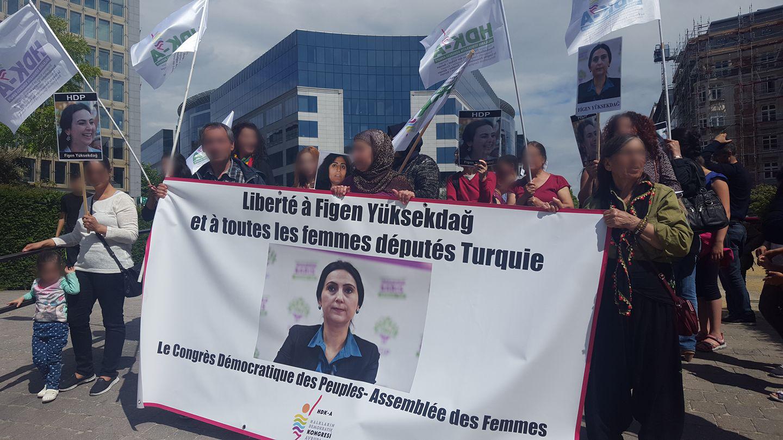 Rassemblement à Bruxelles pour Figen