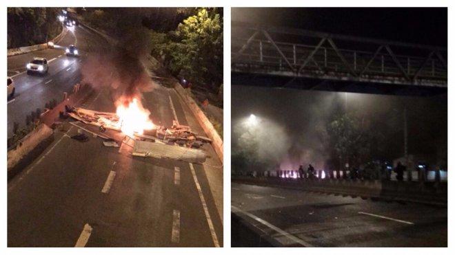 Barricade sur la route nationale