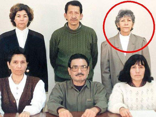 Le comité central du PCP-SL, dans le cercle: Martha Huatay