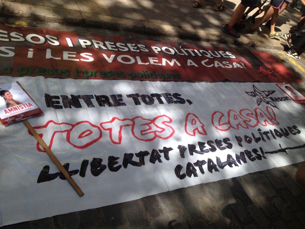 Manifestation pour la libération des prisonnières catalanes.