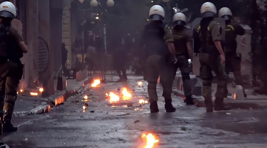 Les affrontements de ce samedi à Exarchia