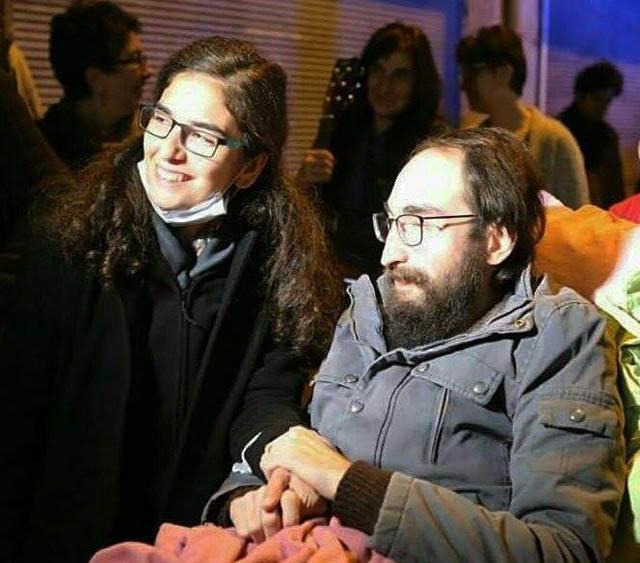 Semih Özakça et son épouse Esra.