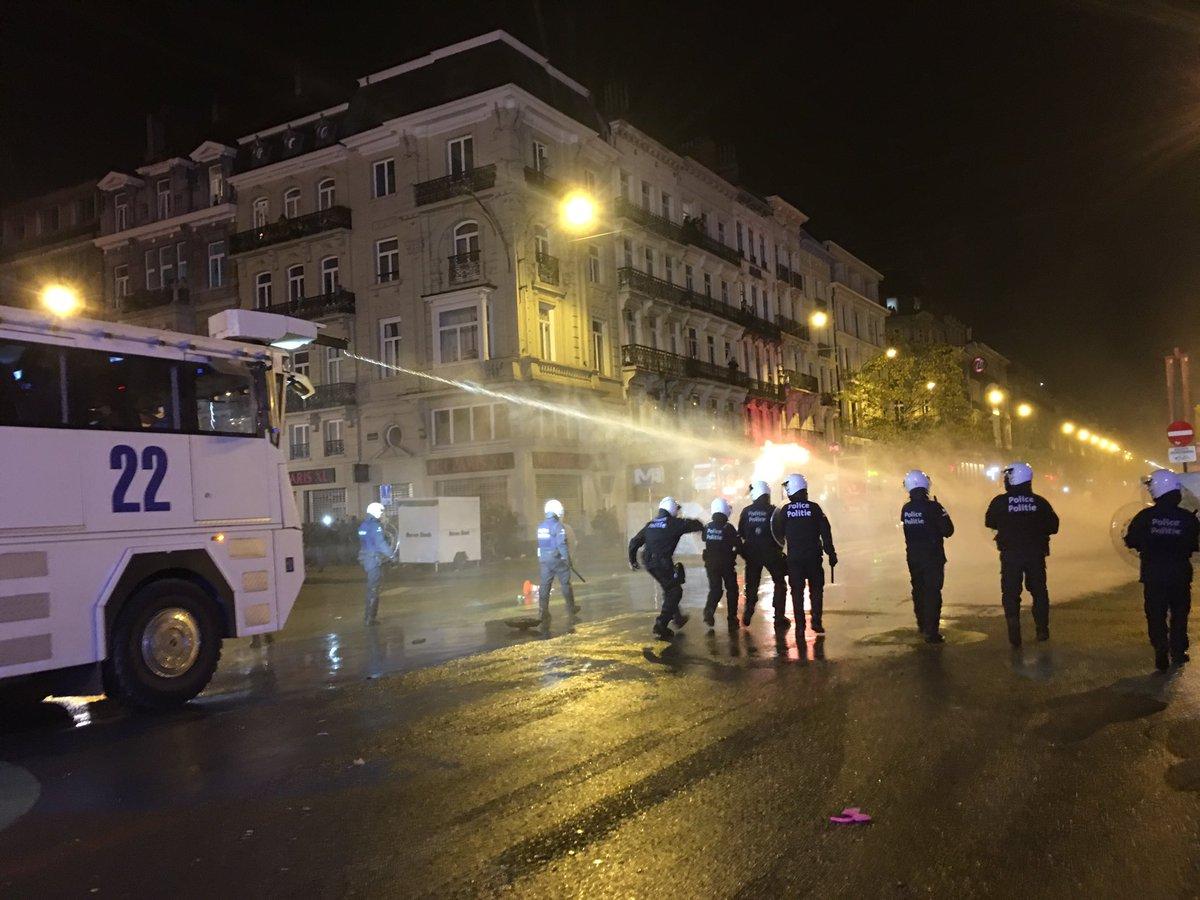 Intervention à l'auto-pompe à la Bourse à Bruxelles