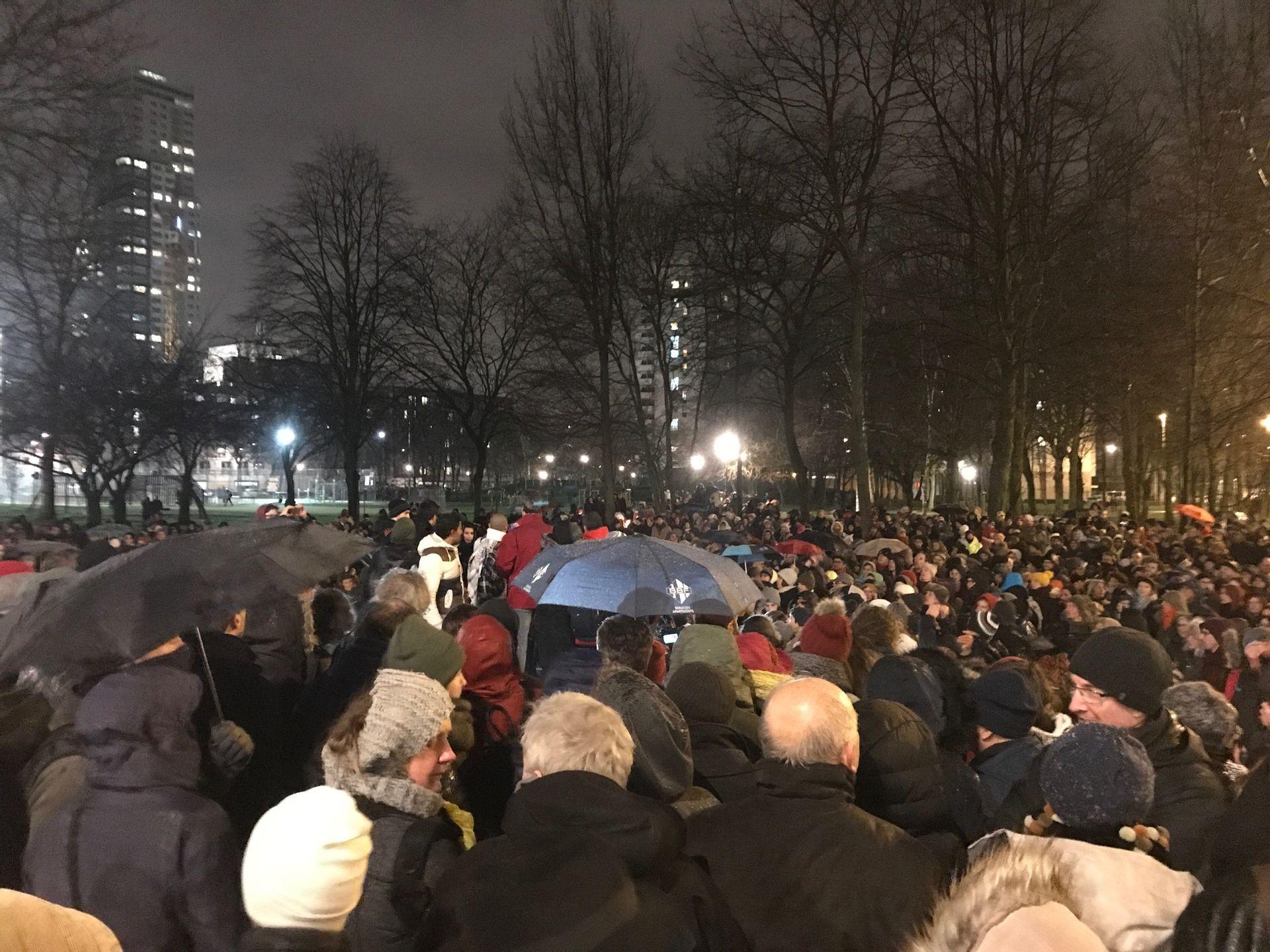2500 personnes rassemblées contre les rafles