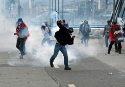 Affrontements à Tegucigalpa
