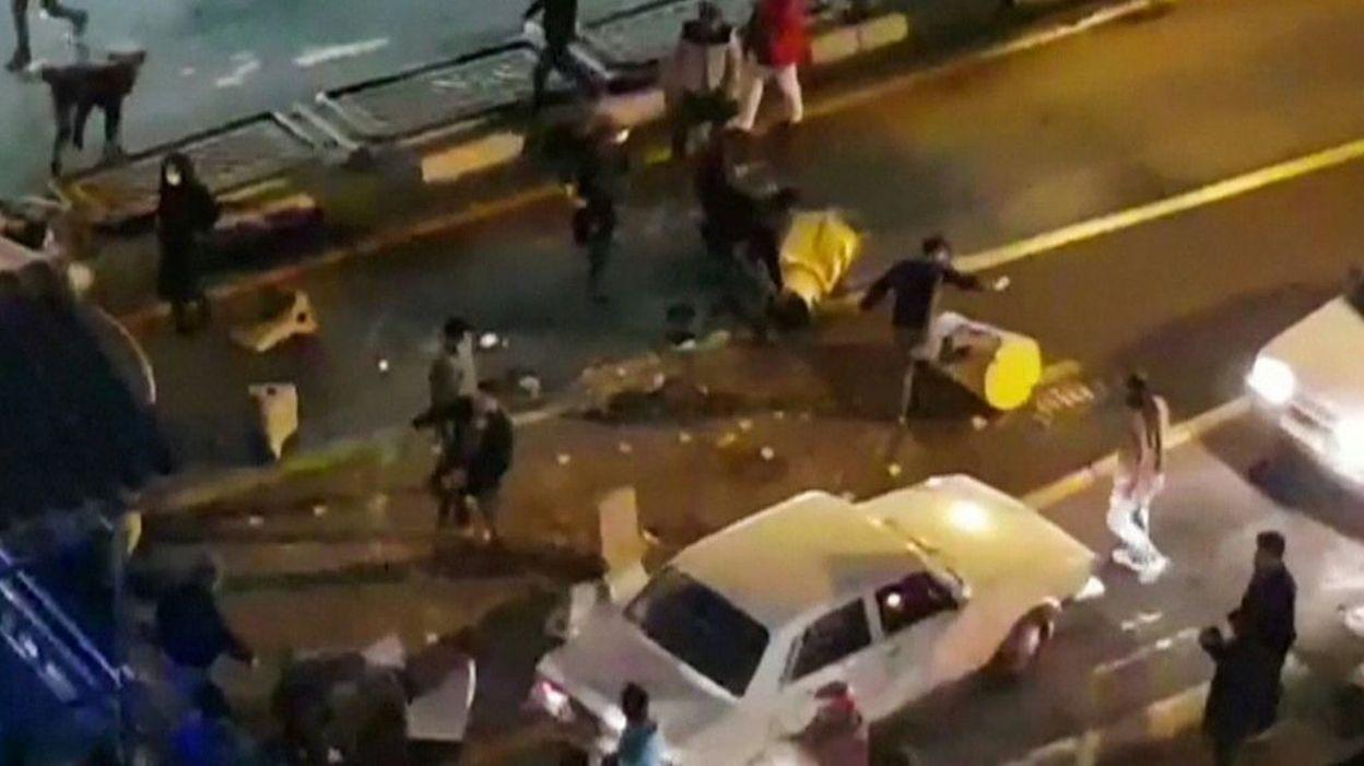 Dans les rues de Teheran le 30 décembre