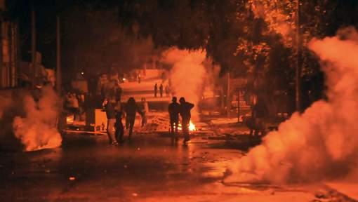 Affrontements la nuit dernière en Tunisie
