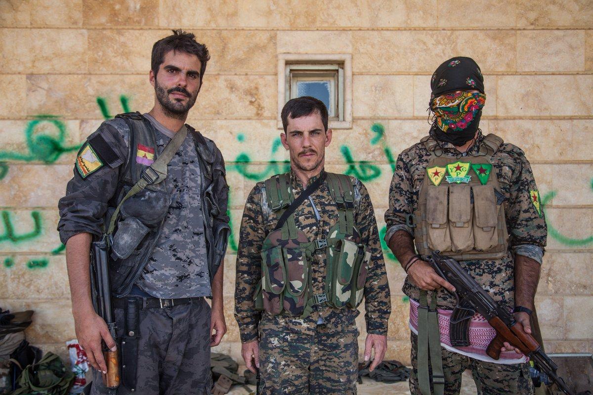 Combattants des YPG International