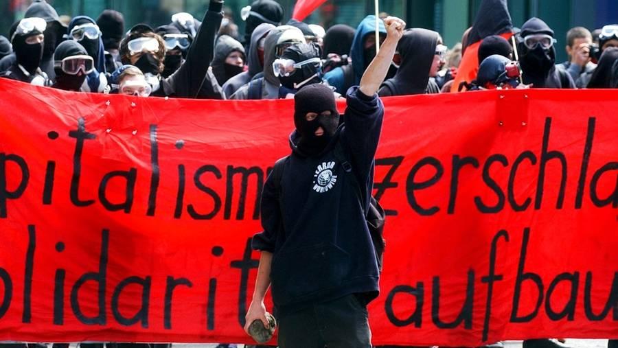 Mamifestation de Revolutionarer Aufbau à Zurich (archive)