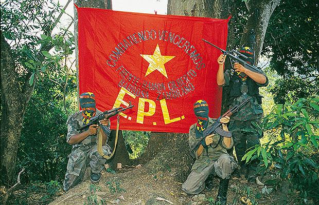 Combattants de l'Ejército Popular de Liberación (EPL)