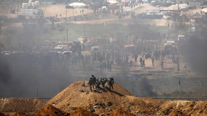 Ce vendredi, à la barrière isolant Gaza