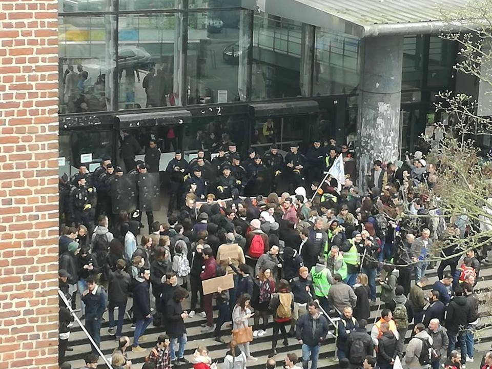 Intervention policière à Lille 2