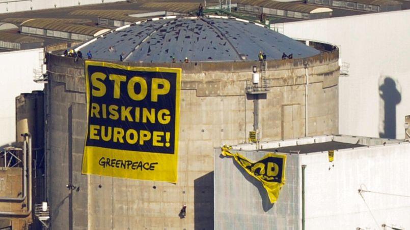 Intrusion de Greenpeace dans une centrale nucléaire