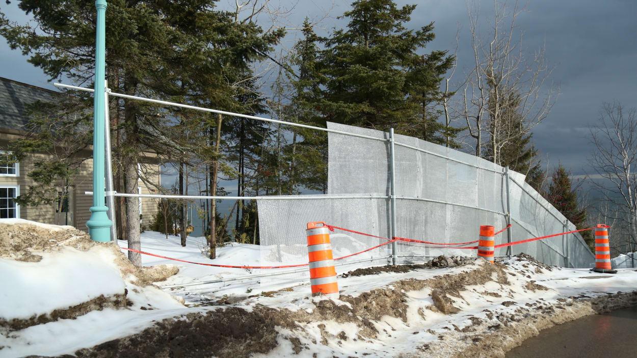 Construction d'une clôture à La Malbaie