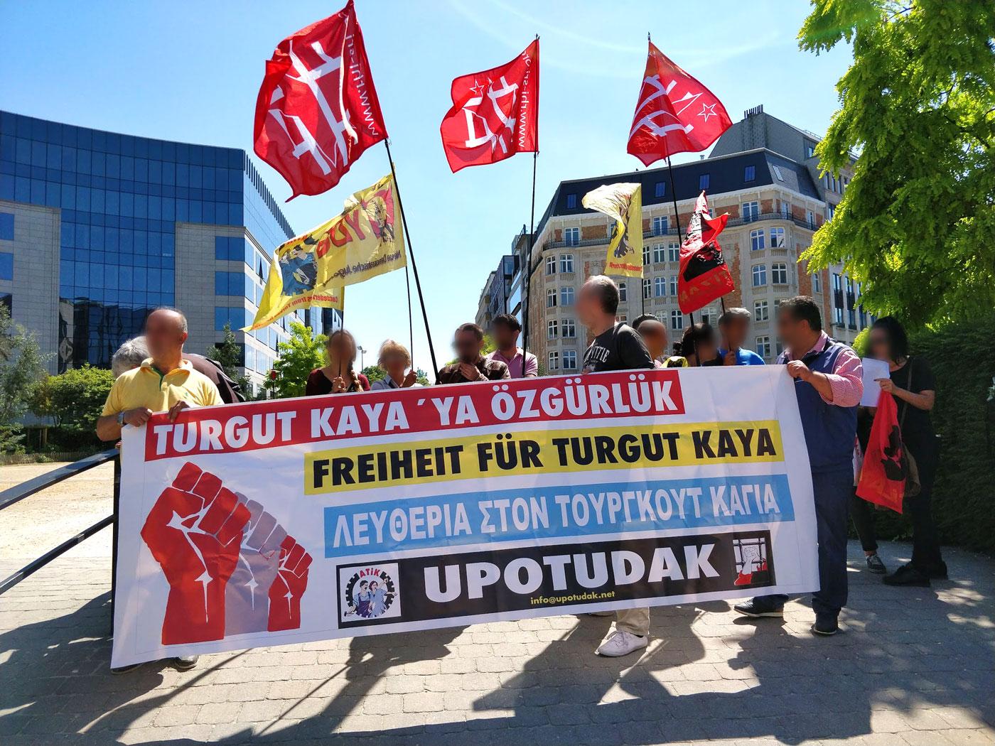 Liberté pour Turgut Kaya et Hidir Gönek !