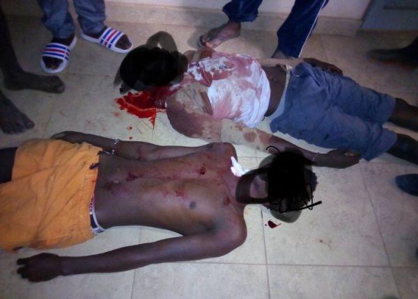 Les corps des victimes gisant à l'hôpital Edward Francis, à Banjul