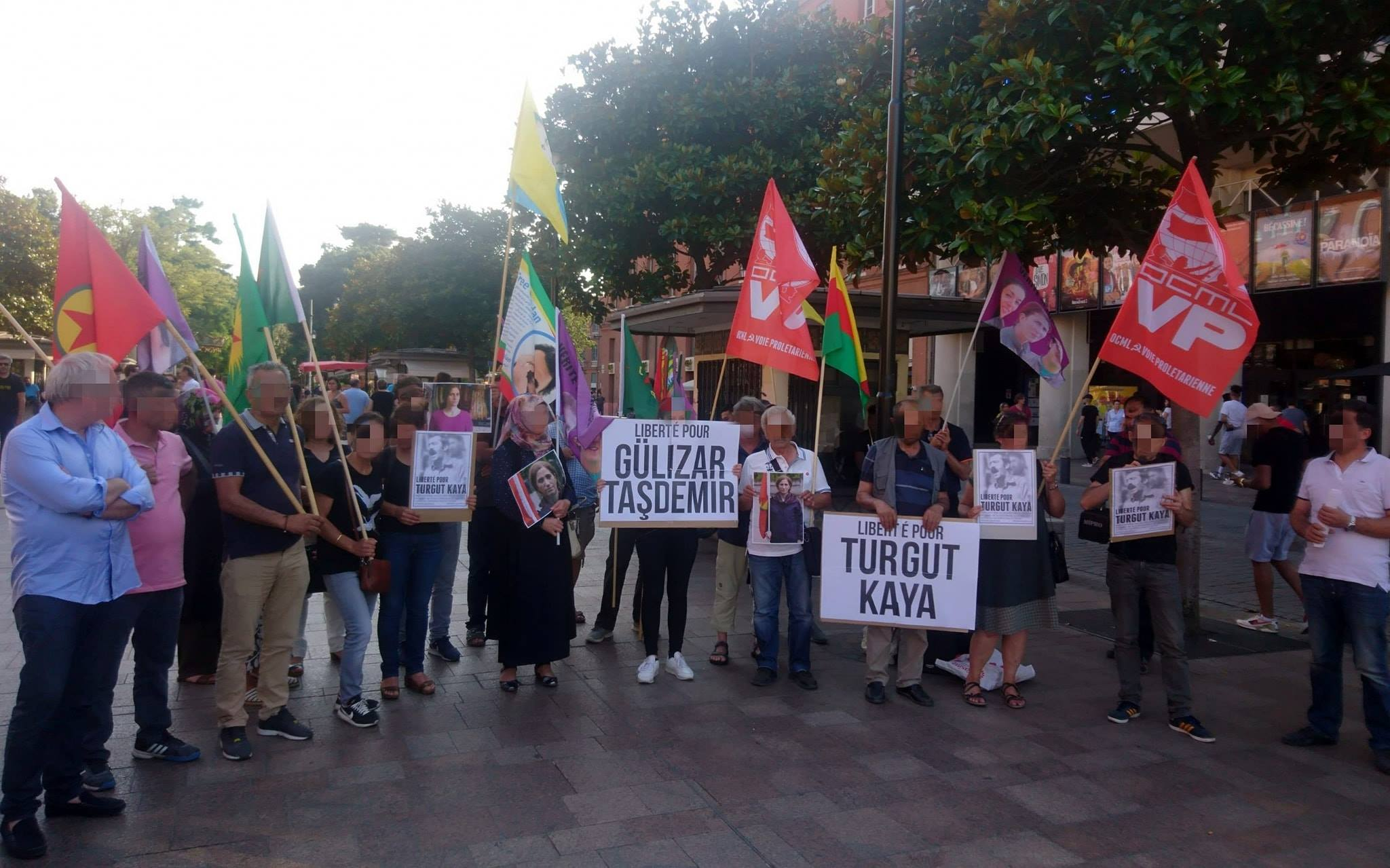 Rassemblement à Toulouse pour Turgut Kaya et Gülizar Taşdemir.
