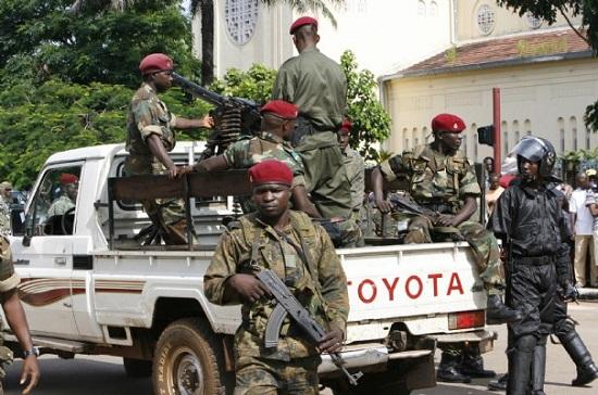 Déploiement de forces répressives en Guinée