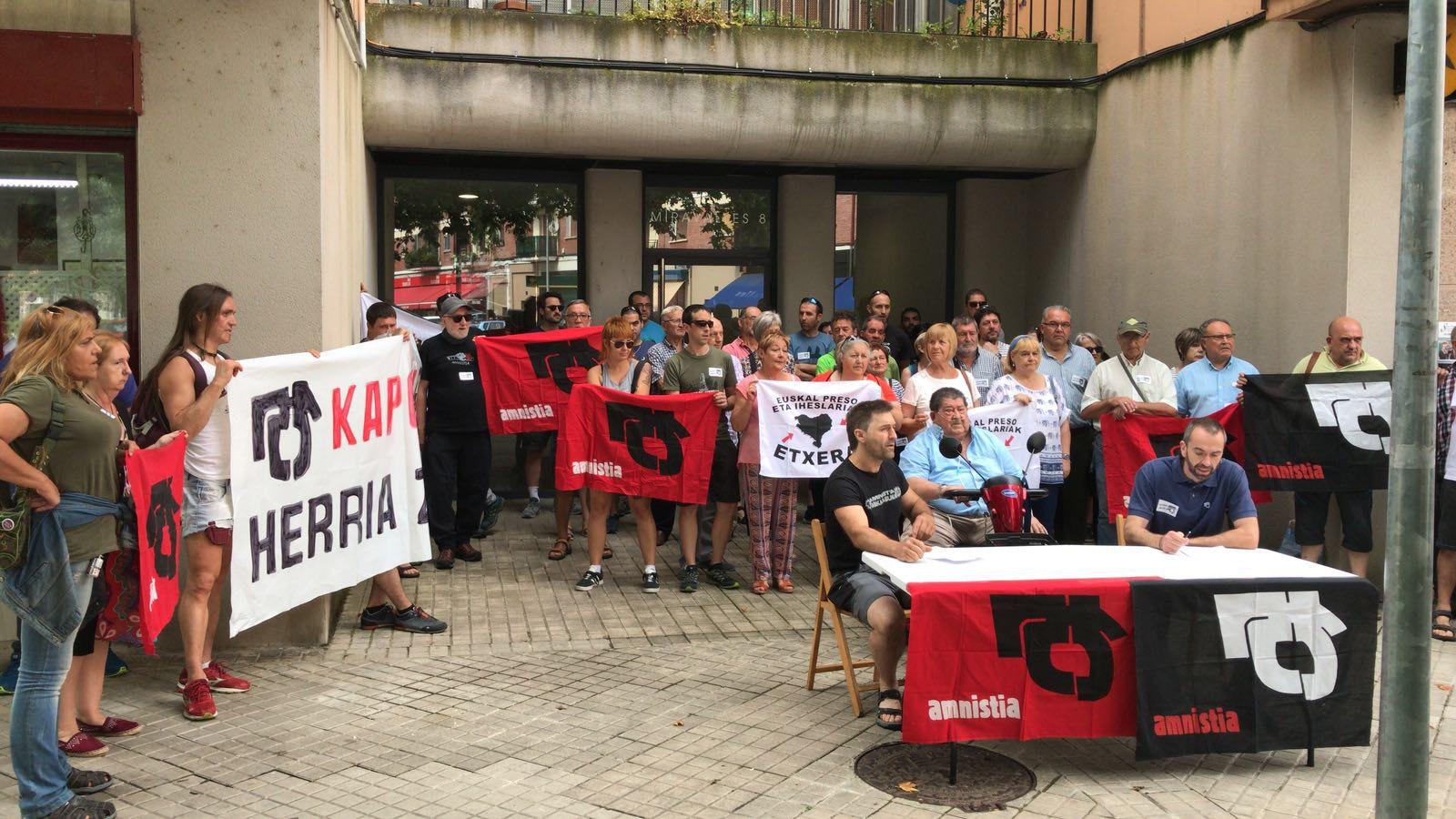 La conférence de presse en solidarité avec Patxi Ruiz
