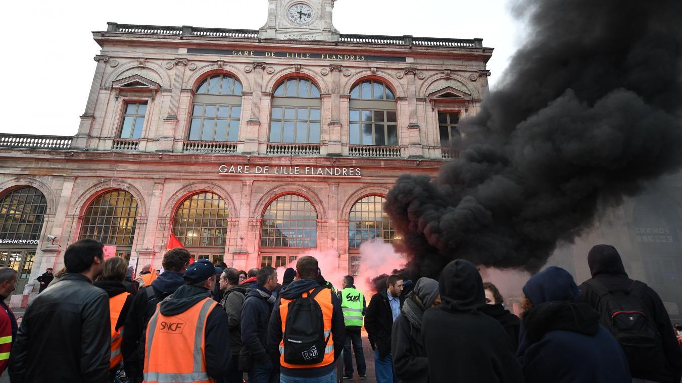La grève à la gare de Lille-Flandres