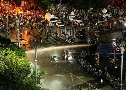 Les affrontements de vendredi à Bucarest