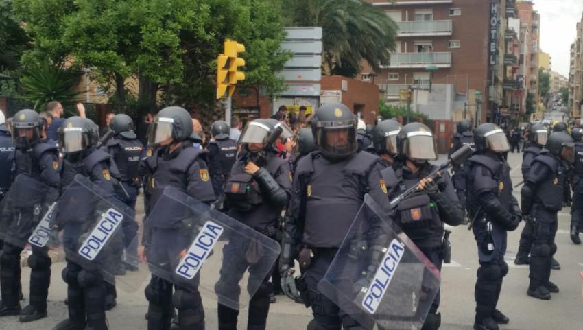 Policiers anti-émeute espagnols