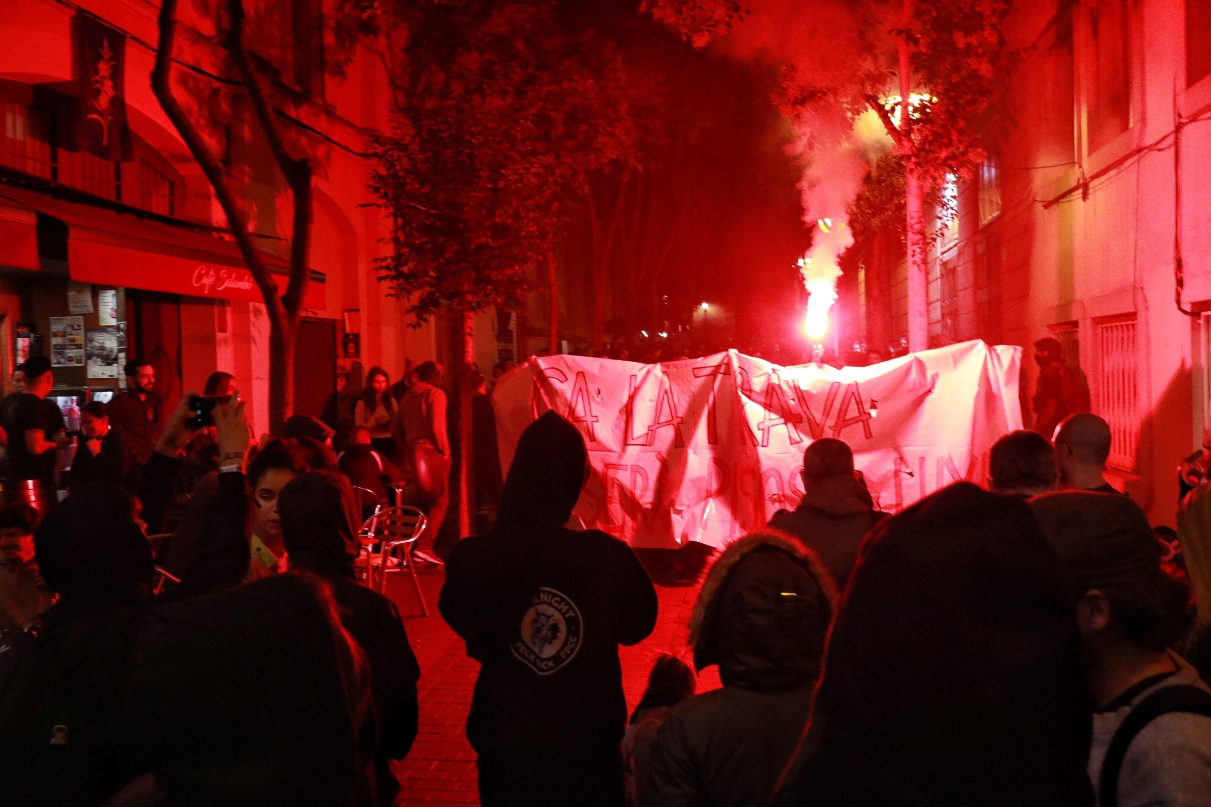 Manifestation de soutien au squat Ca La Trava