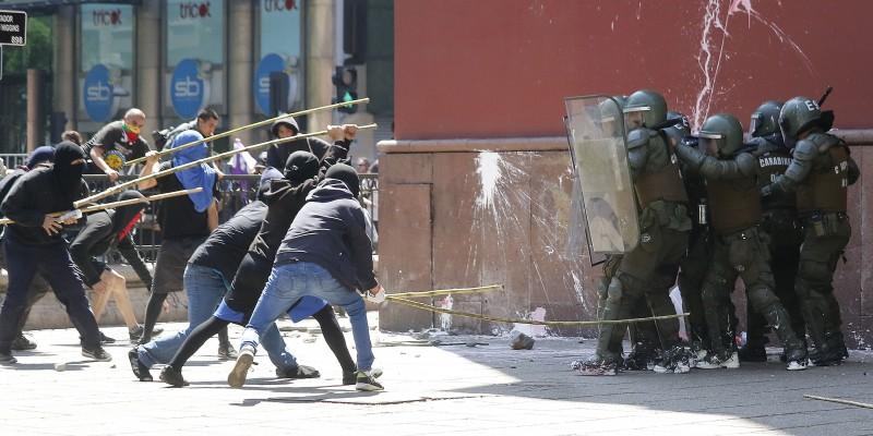 Les affrontements de dimanche à Santiago