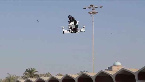 Un Hoverbike de la police de Dubaï