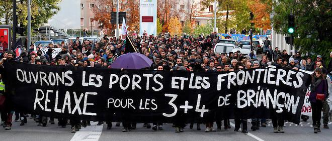 Manifestation de soutien aux 7 de Briançon