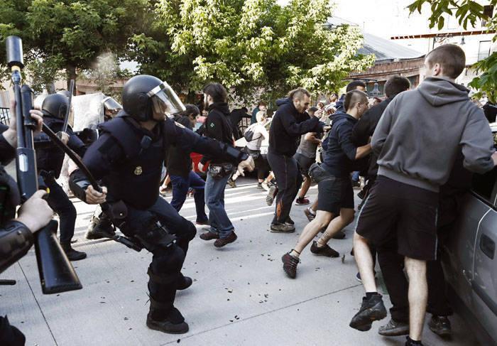 Incidents autour du squat évacué