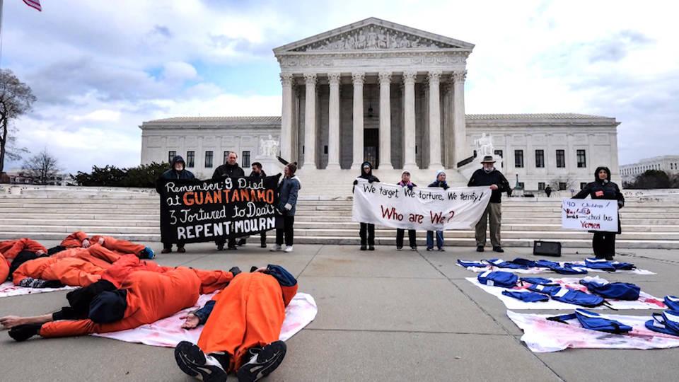 A Washington, devant la Cour Suprême