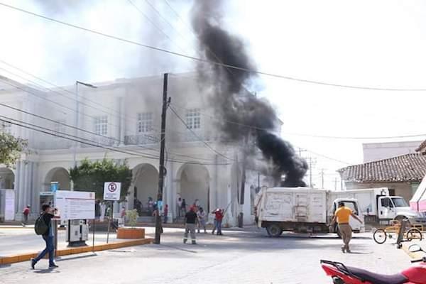 Les événements de Tehuantepec.