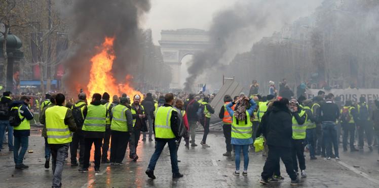 Les gilets jaunes à Paris (archive)