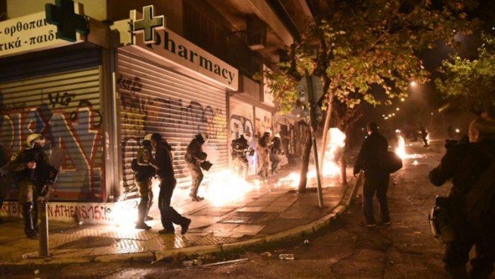 Les affrontemzents de samedi à Exarchia