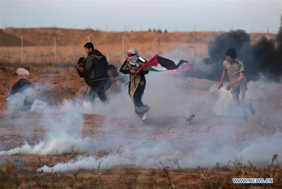 Manifestants hier vendredi à Khan Younis, au sud de Gaza