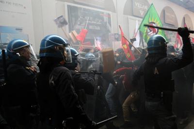 Les affrontements à Bologne
