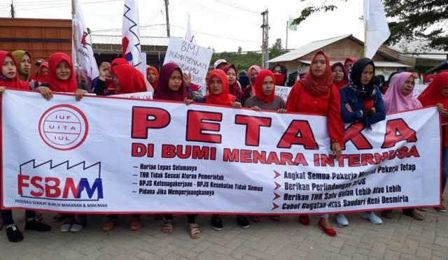 Manifestation de soutien à Reni Desmiria