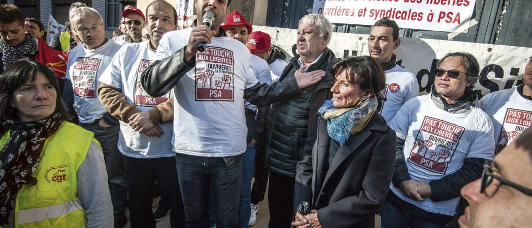 Manifestation solidaire avec les 9 de PSA Poissy